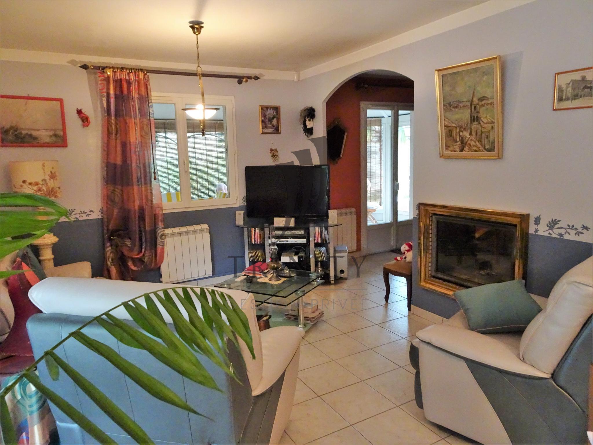 maison pic valence trendy annonces maison vendre et plus pices valence dagen with maison pic. Black Bedroom Furniture Sets. Home Design Ideas