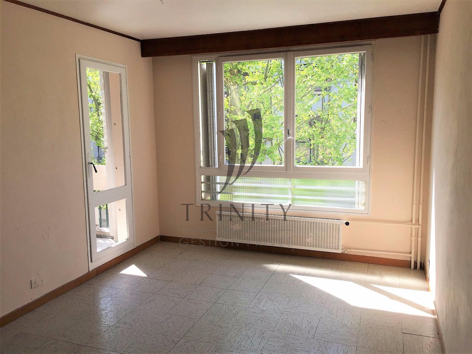 Vente appartement f3 valence for Garage ad valence